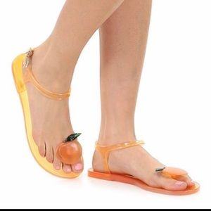 🍑 Katy Perry Geli Novelty Scented Jelly Sandals